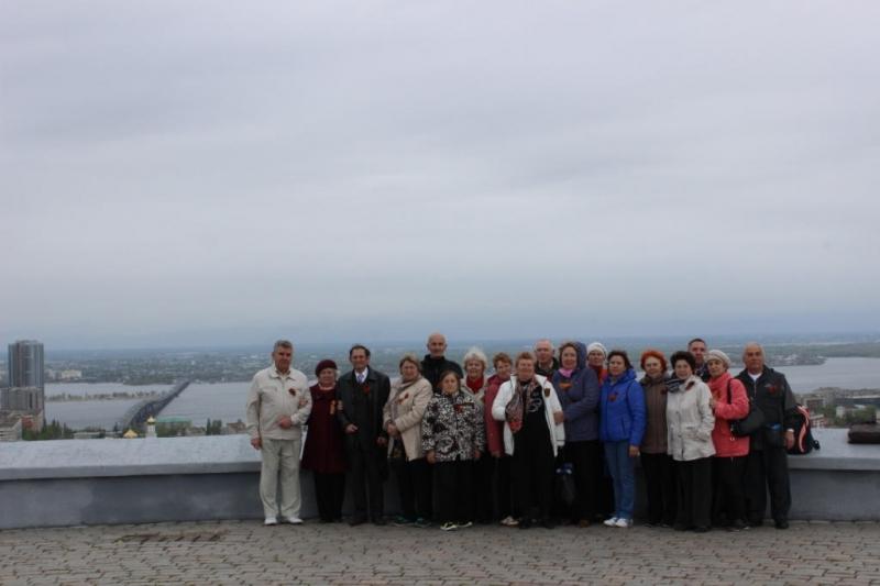 Ветераны Балаковской АЭС посетили парк Победы в г.Саратове_result (17).JPG